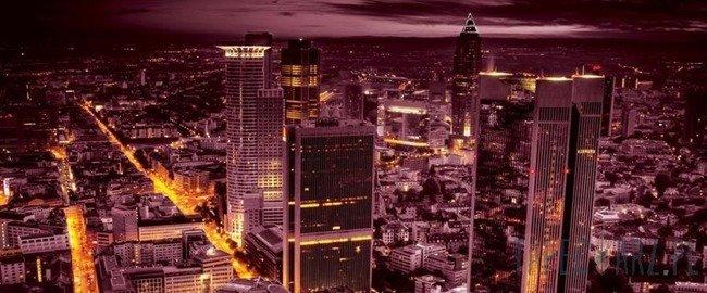 Fototapeta na flizelinie Widok na różowe miasto z lotu ptaka 331VEP